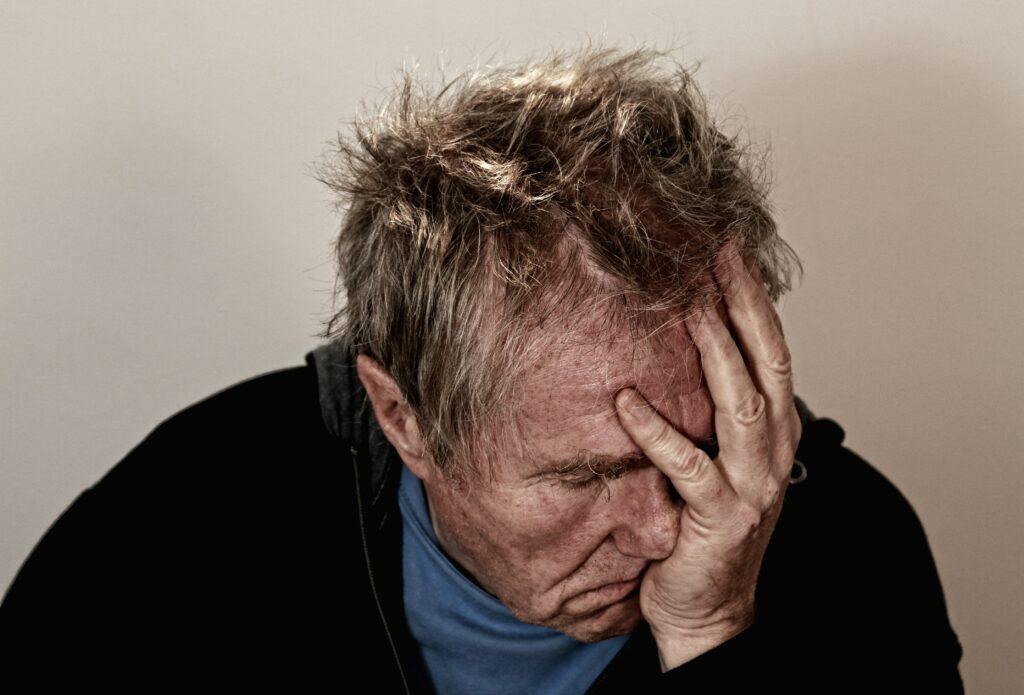 Hvorfor får man hovedpine
