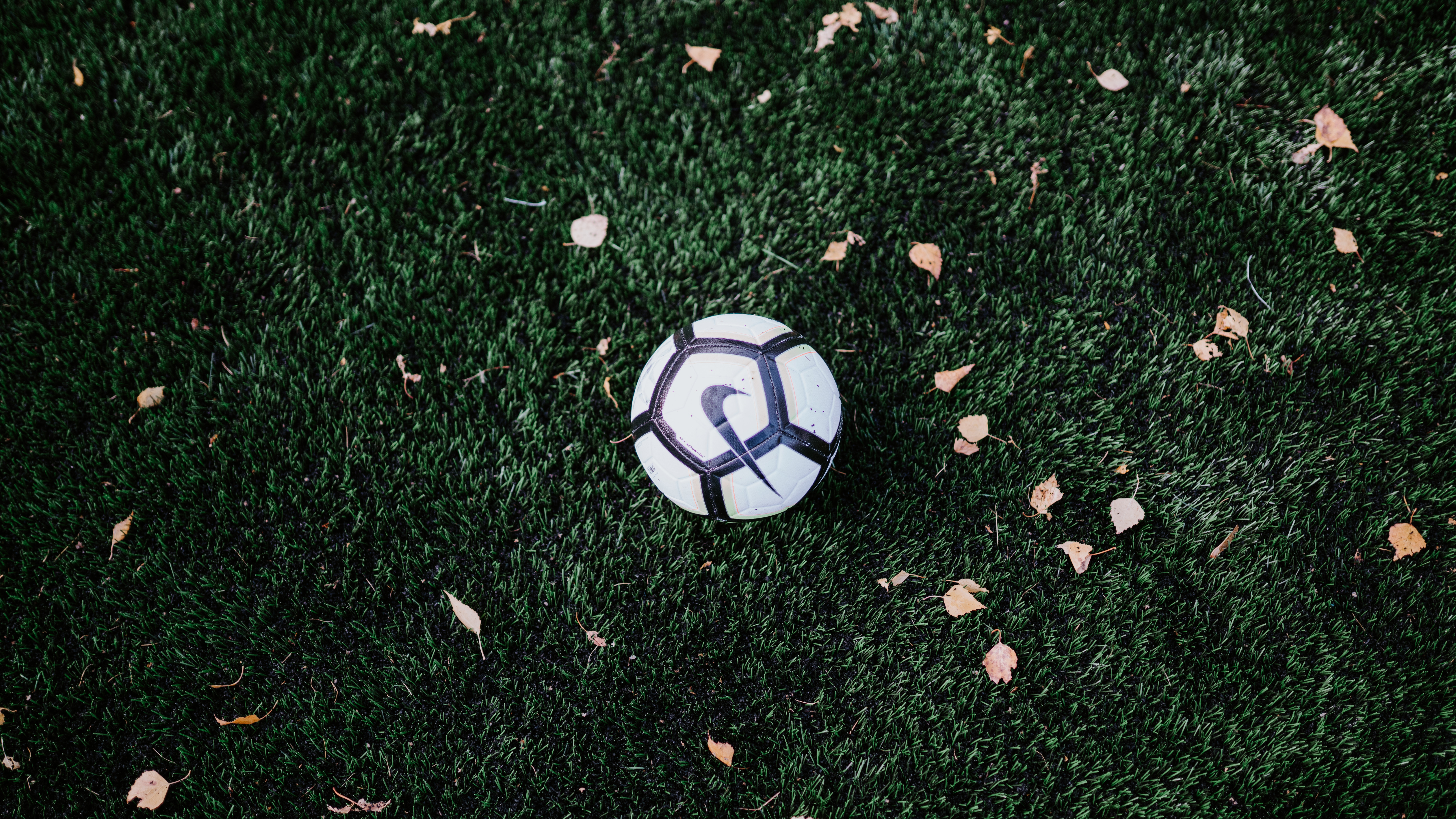Hvem opfandt fodbold