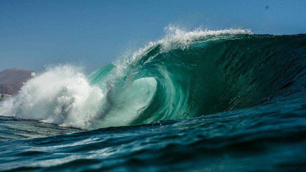 Sådan opstår en tsunami