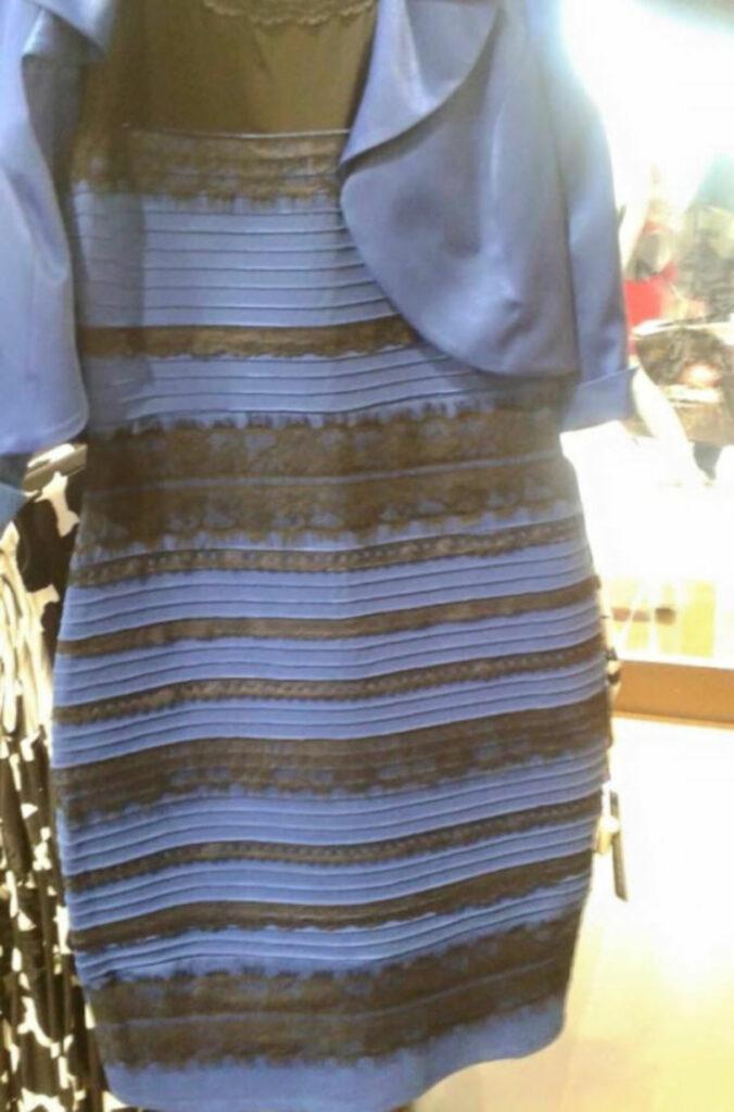 hvilken farve er kjolen